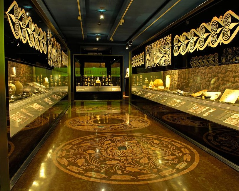 MARQ Provincial Archaeological Museum - Not only just a professional institution, the Provincial Archaeological Museum is an important educational space that provides a spectacular and entertaining experience.
