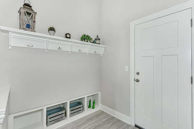 6310 Driftwood Wichita KS-small-029-21-Mudroom-666x444-72dpi.jpg