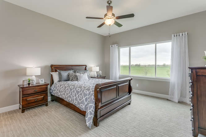 4315 N Ridge Port St Wichita-small-014-10-Master Bedroom-666x445-72dpi.jpg