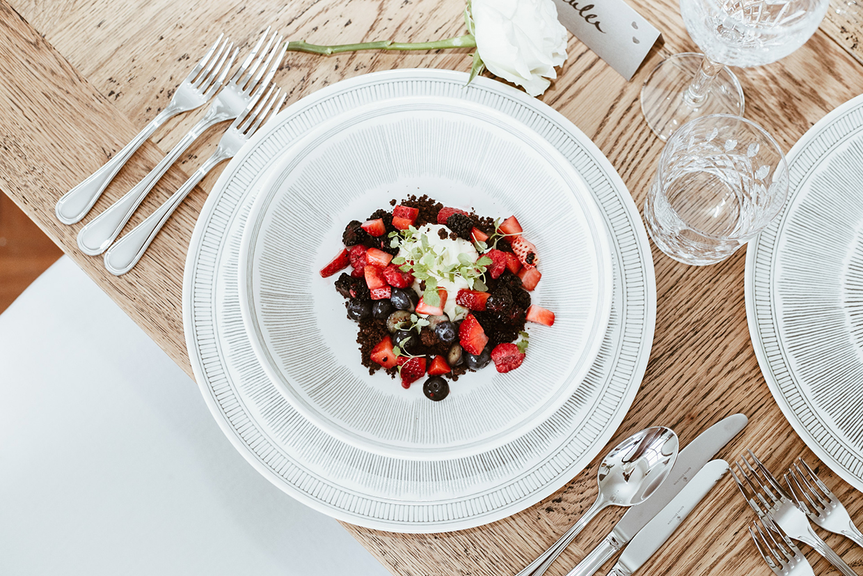 Shop the entire ROYAL DOULTON Crafted by Ellen De Generes Collection HERE