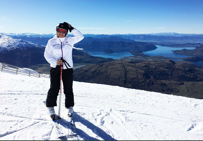 skiingtop.jpg
