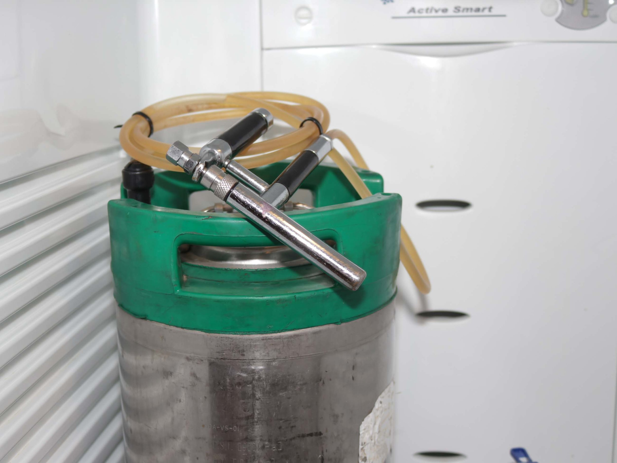 One big bottle to clean – the beauty of kegging homebrew.