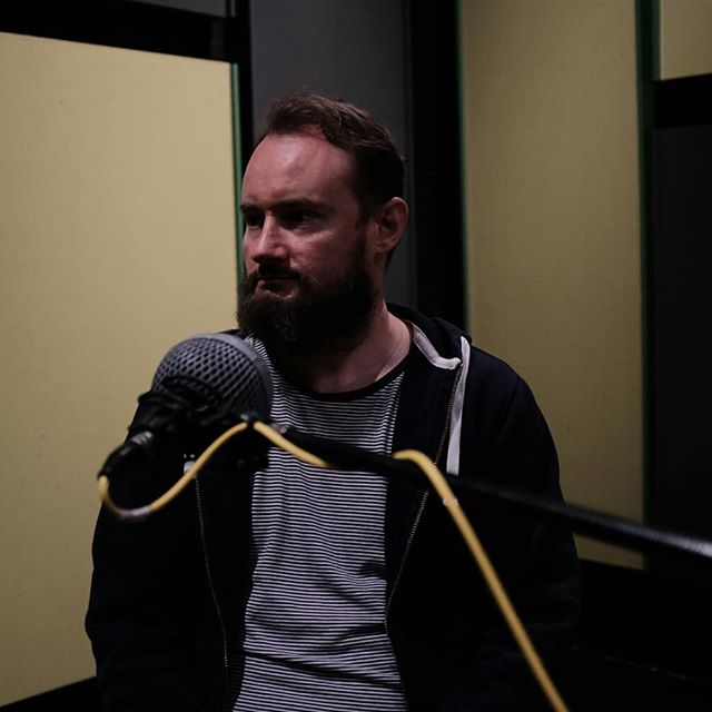 wowzers, new episode is up! Have a listen to the ever-fabulous Andy Wright as he guides us through his years in the Australian industry, how he created the sonic impact of war in Hacksaw Ridge, and what he looks for in a director and other practitioners. Find link in bio.  If you've liked the episodes so far, please give a review on iTunes!  Edited by the amazing @jamykaaa thanks to @jordansbenjamin for the pic