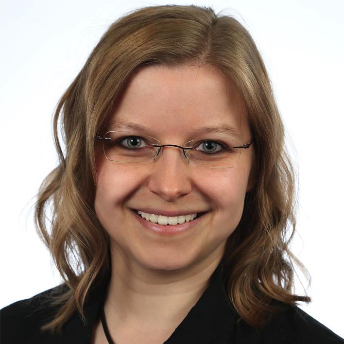 Claudia-Harzer_bio.png