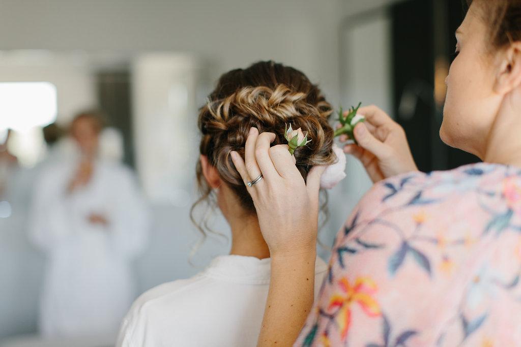 Niki-Simpson-Hair-Makeup-Linzie-Russo.jpeg