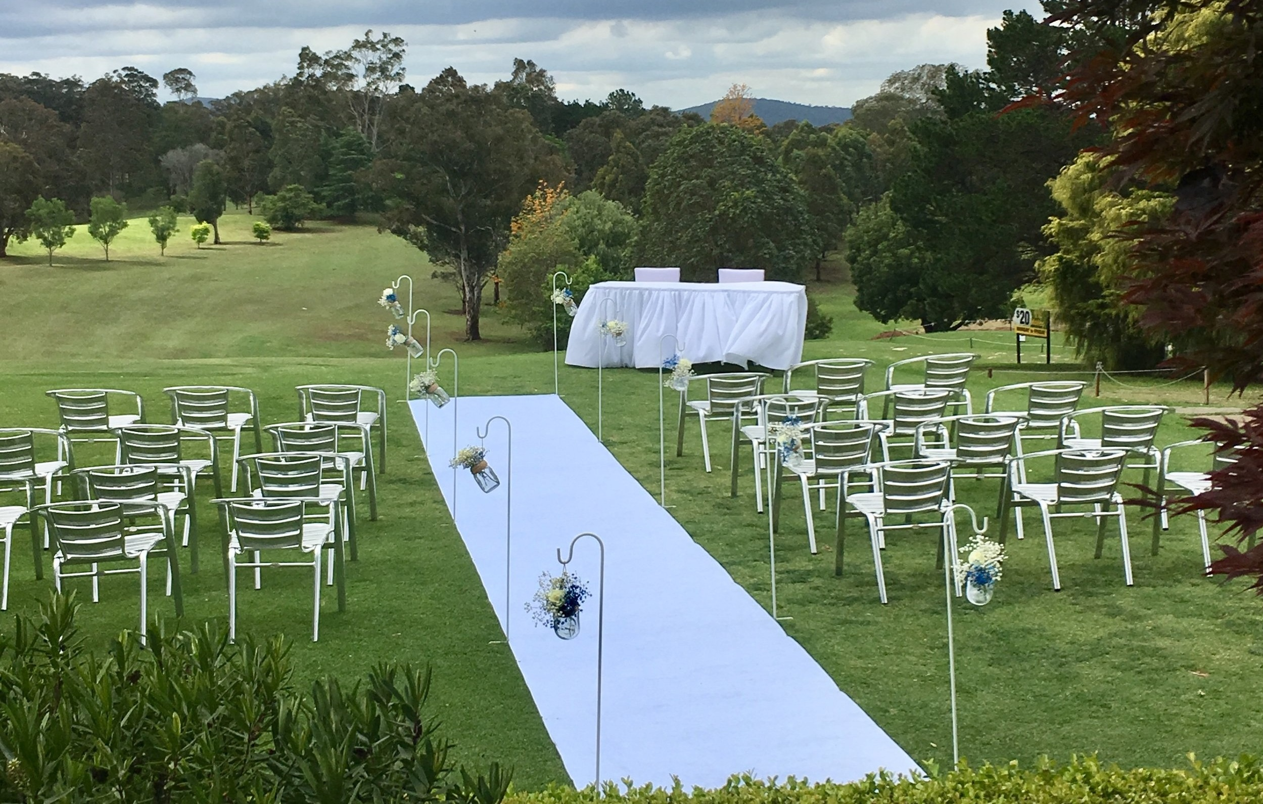 Weddings - Celebrate your reception overlooking our beautiful course with its breathtaking mountain backdrop.Our chef will be happy to be consulted to develop a menu to suit your taste and budget.Then have your photos taken on our beautiful course with its tree lined fairways.