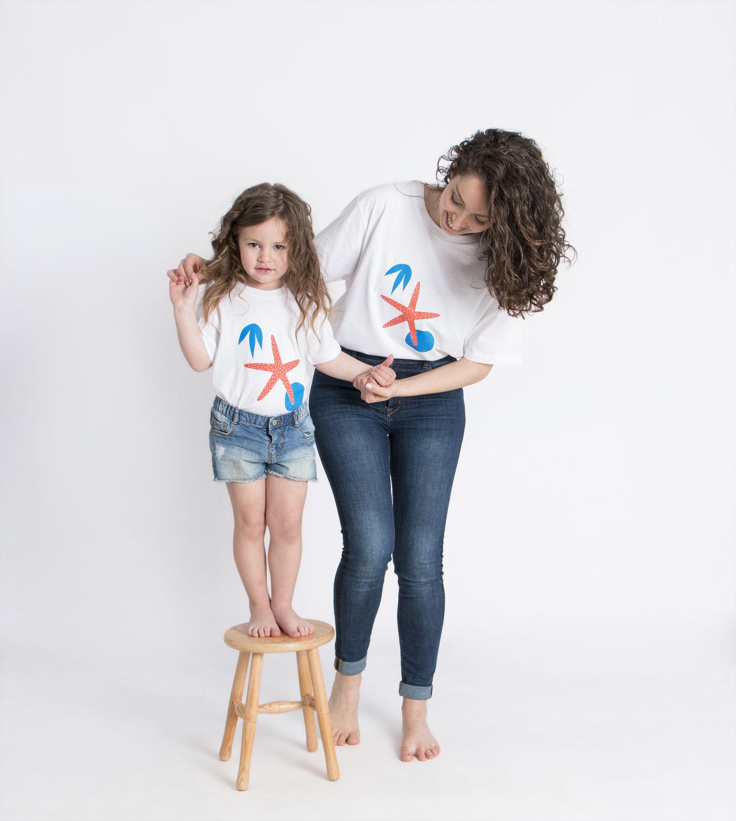 madre e hija iguales_camiseta estrella.jpg