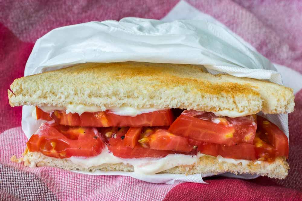 tomato-sandwich-1.jpg