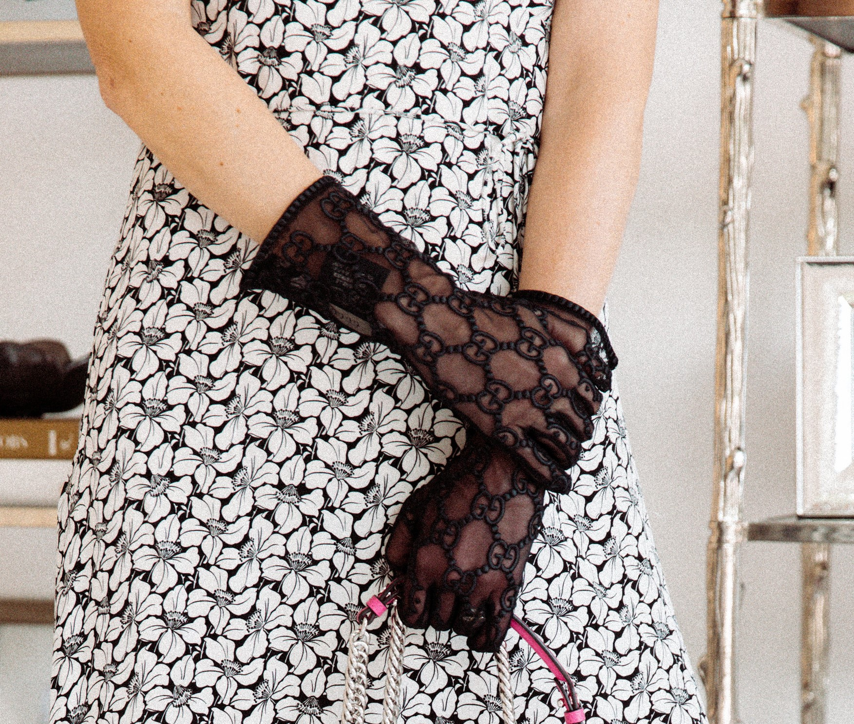 Make a statement this spring and embrace the glove trend.  Stylish gloves are the go-to accessory as 2018 melts into 2019. Learn how the delicate, lacey digits can add an iconic feel to your look.