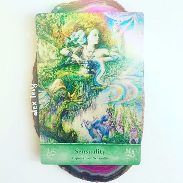 Today's card is is Sensuality. It's time to unleash your inner sensuality. When we embrace our sexuality, we become more open as a sensual being. Sensuality is connected to our first and second charkas that are responsible for power, creativity, and how we connect with other people. This may be difficult for some sensitive people as in Spirit form we do not have physical bodies in which we experience pleasure and sensuality as we do on the Earth plane. Enjoying sensual pleasures is part of our human experience. Embrace your power! Ask Archangel Jophiel to help you feel more confident and comfortable in your body, and know You deserve to give and receive pleasure. Love and embrace all of your self, and be the radiant person you want to be in life. - Xo Alex  Card by @a_hartfield #dailyoraclecard
