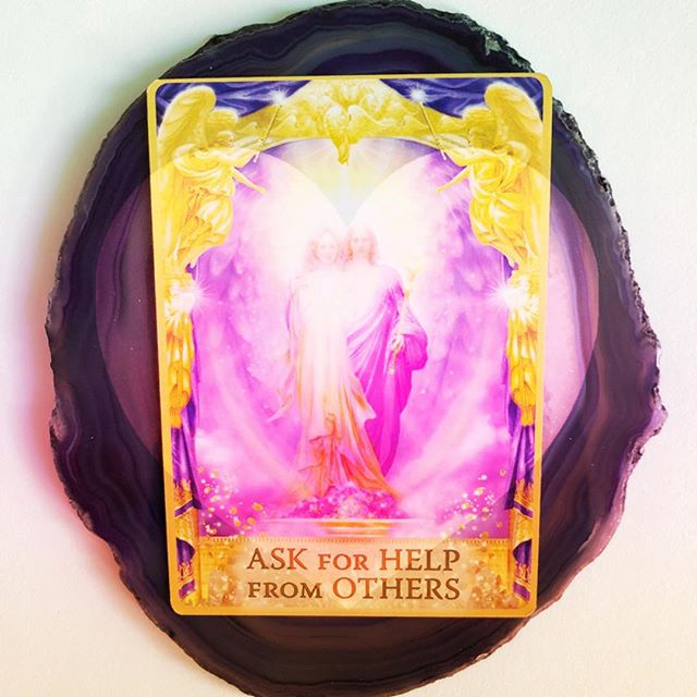 Today's card is Ask For Help From Others. There is no shame in asking for help! When you ask for help you allow yourself to receive help and then you will be of help to others. It's ok to be vulnerable. When we take down the wall of self-defiance we begin to let other people in.  What is it that you need? Loving and being loved is your birthright, Ask the Angels to help you move away from any pride and guilt that stop you from feeling confident in asking for help and support. When you feel supported, you share your love with others, and they share their love and bliss with others, too. Affirm: I allow myself to let go on all levels. Blessings for a beautiful day. Xo Alex