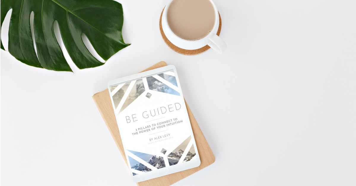 Ignite Your Intuition! - Download my brand new guide. 3 Pillars To Connect To The Power of Your Intuition