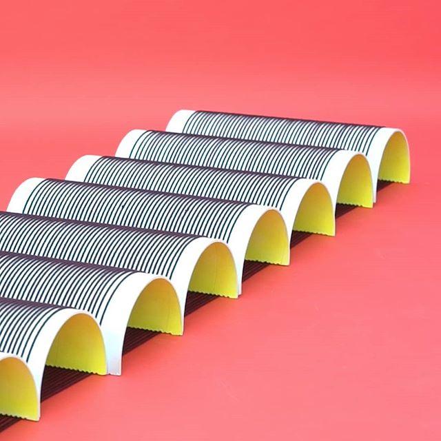 . . . . #degreework #textiledesign #weaving #primarycolors #flexiblestructure