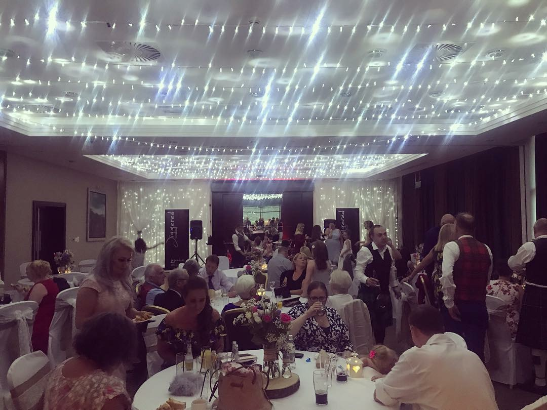 bbebe-jiggered-ceilidh-band-norton-house-hotel-edinburgh-wedding.jpg