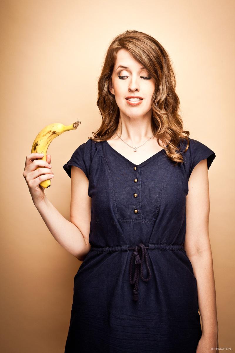 KAT LANGDOn banana.jpg