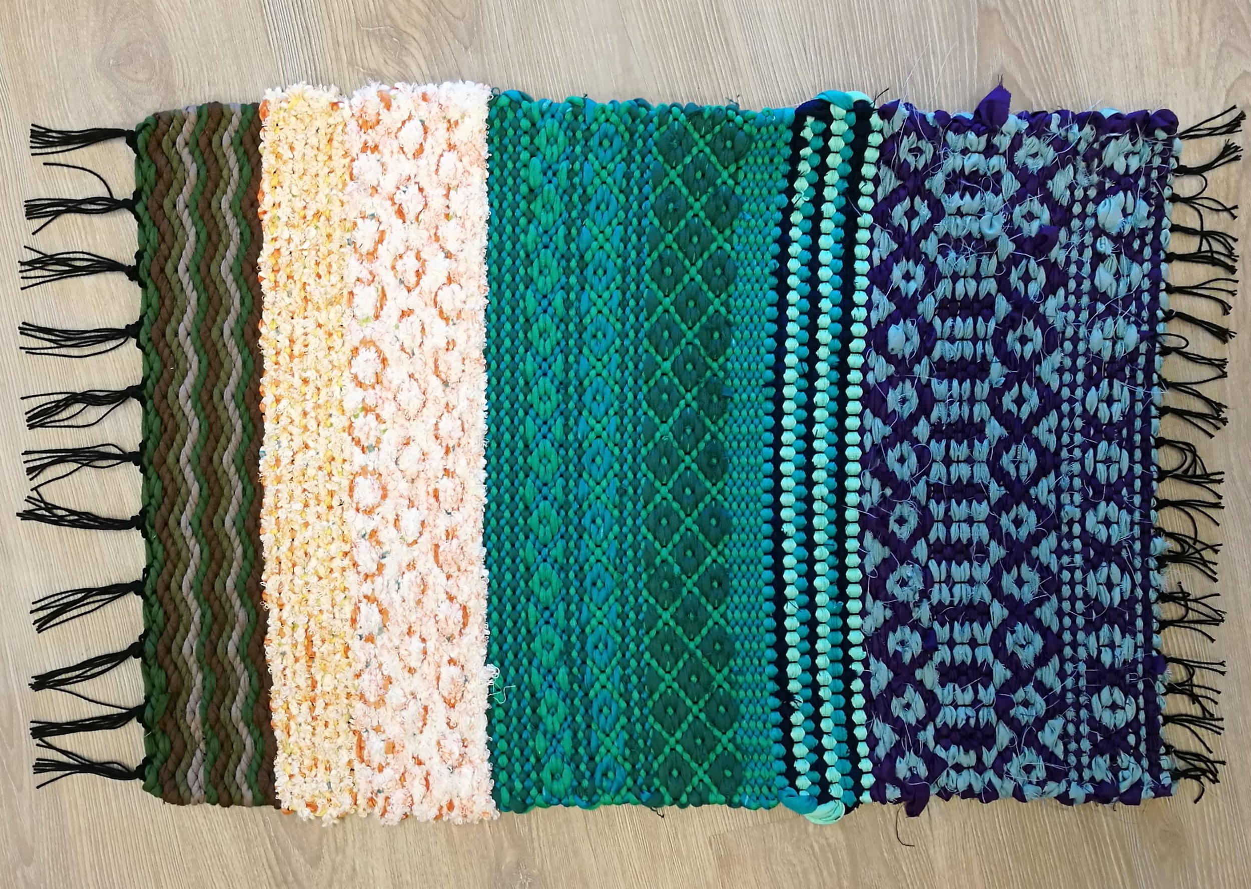 There are plenty of pattern options in this warp.