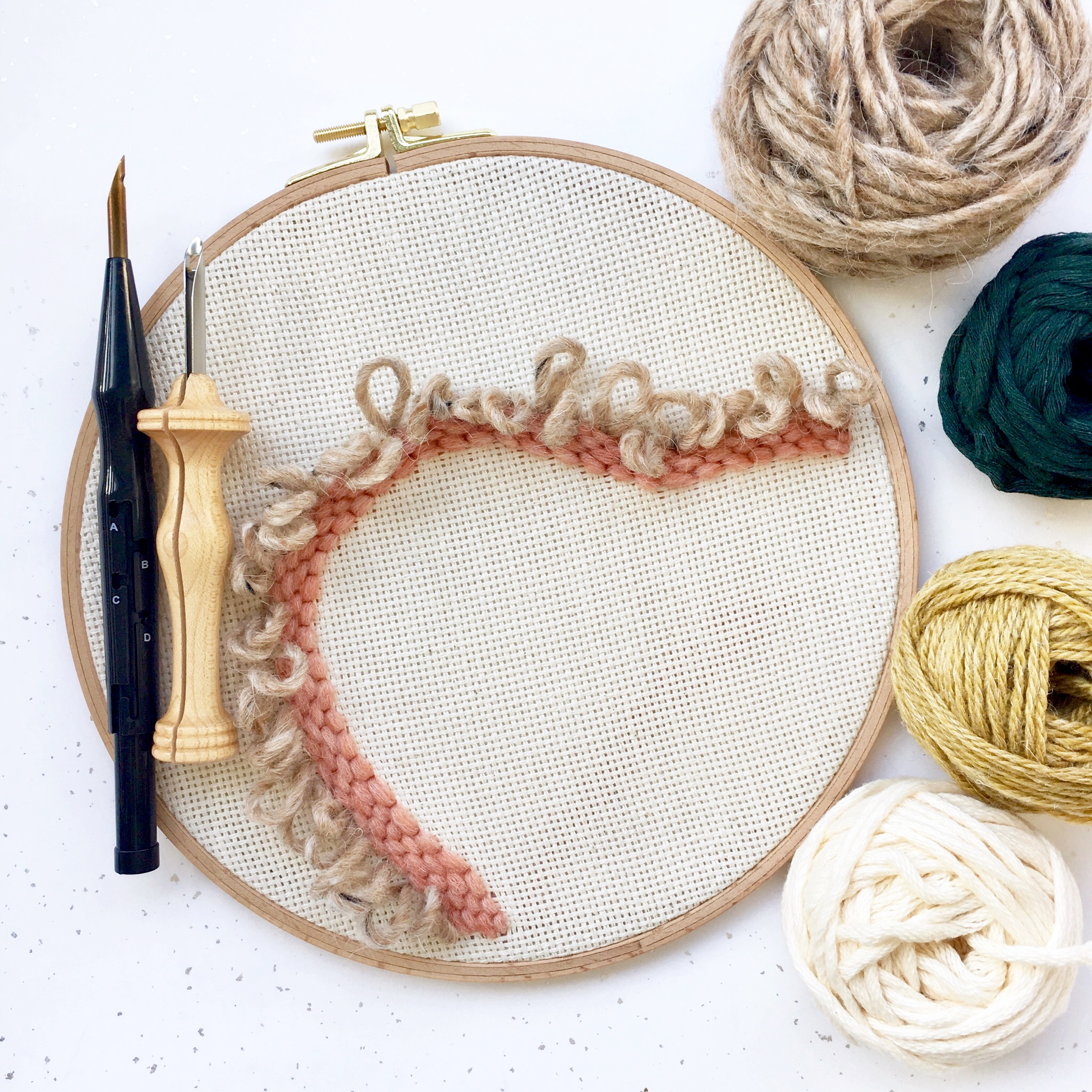 During the course you will be making a punch needle project on an embroidery hoop. You have two needle options to choose from.
