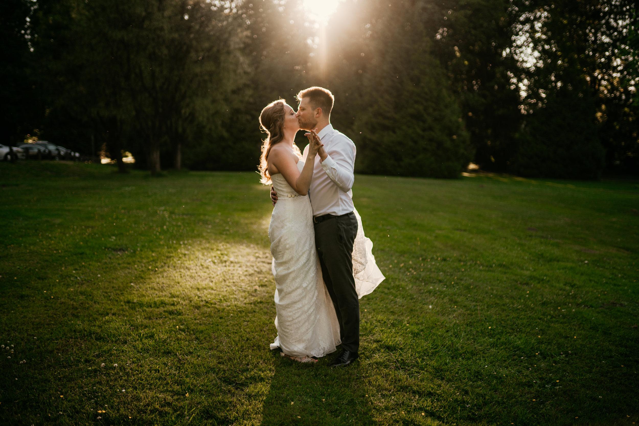 Jennifer-Travis-New-Westminster-Wedding(27of168).jpg
