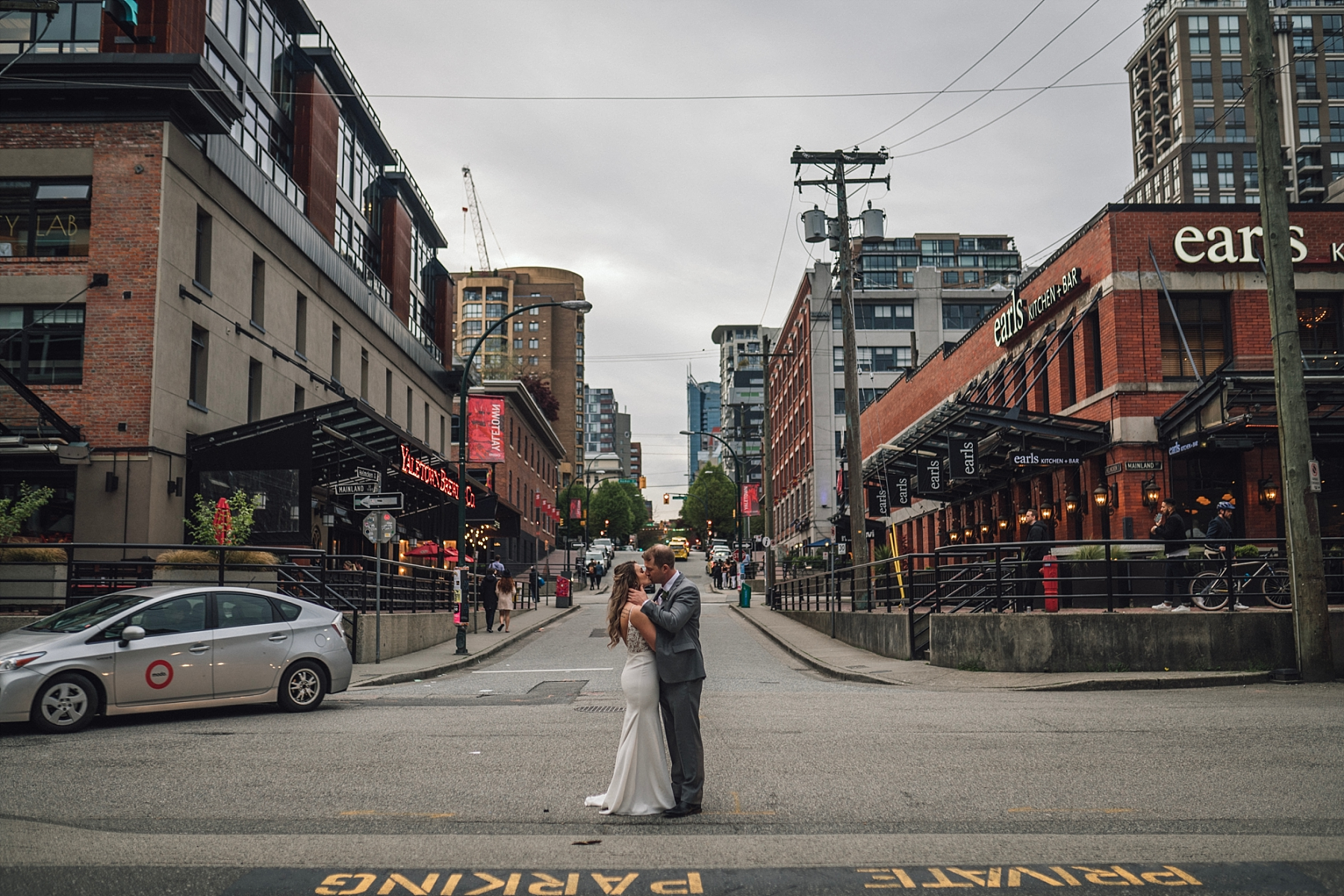 yaletown vancouver wedding photography