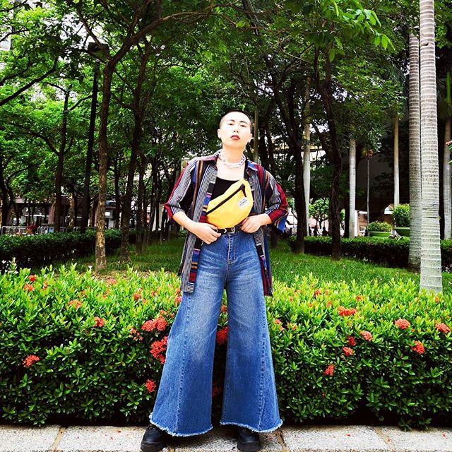 Crop top + Jean = The best causal wear 👌