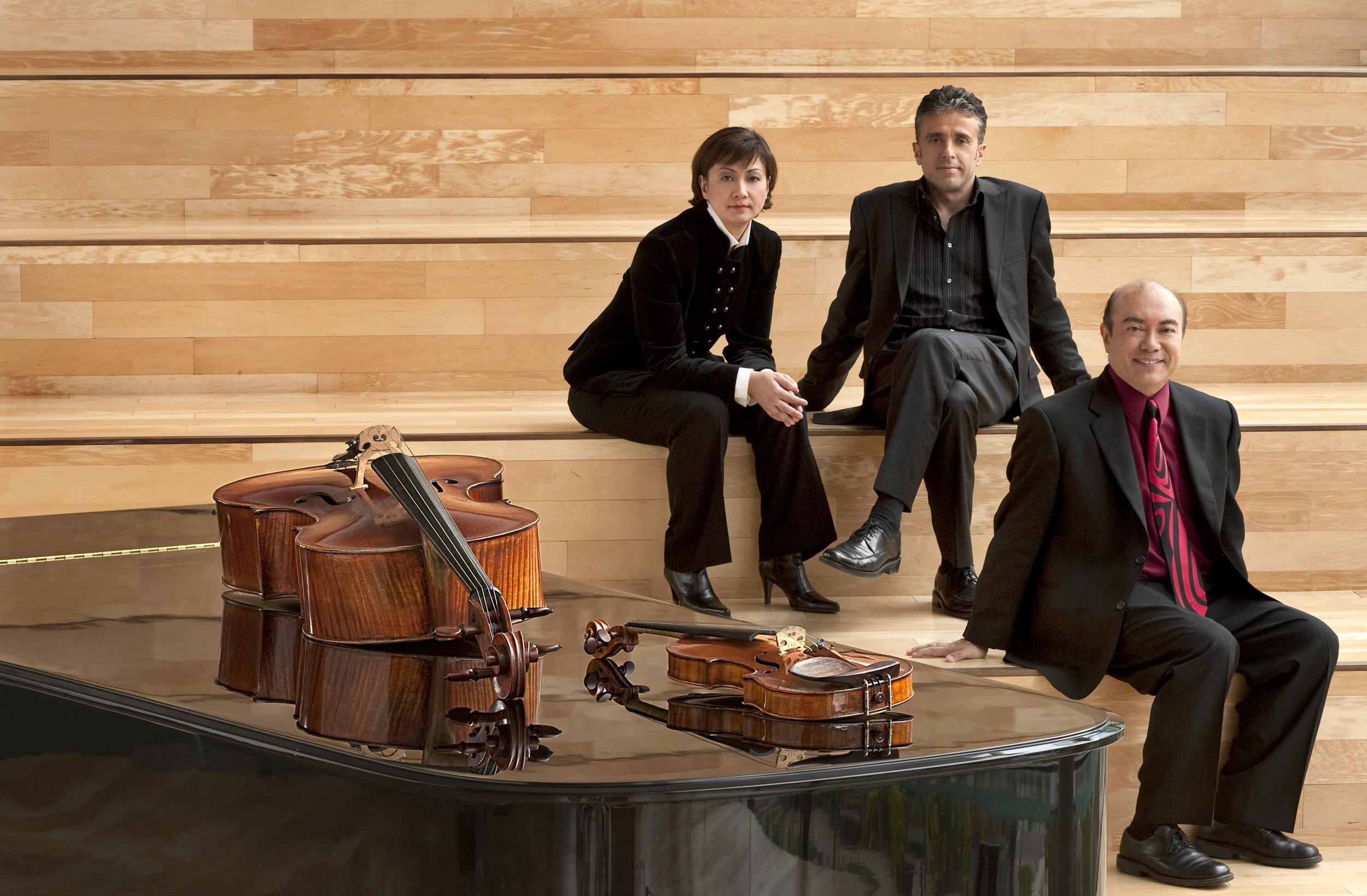 Gryphon Trio 5_credit John Beebe.jpg