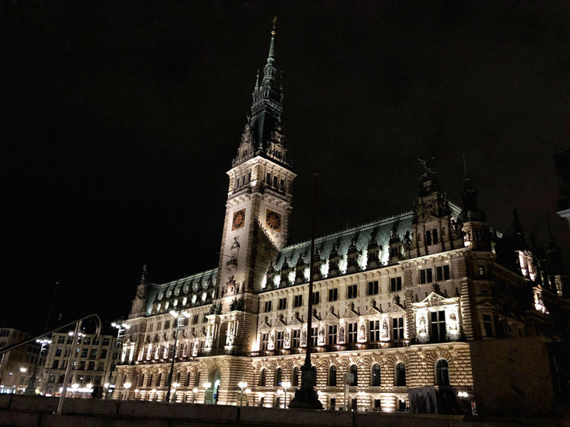 Architecture of the enormous Rathaus in Hamburg's Old Town | Earthtones Travel + Design Blog | Roo Bea Design Co