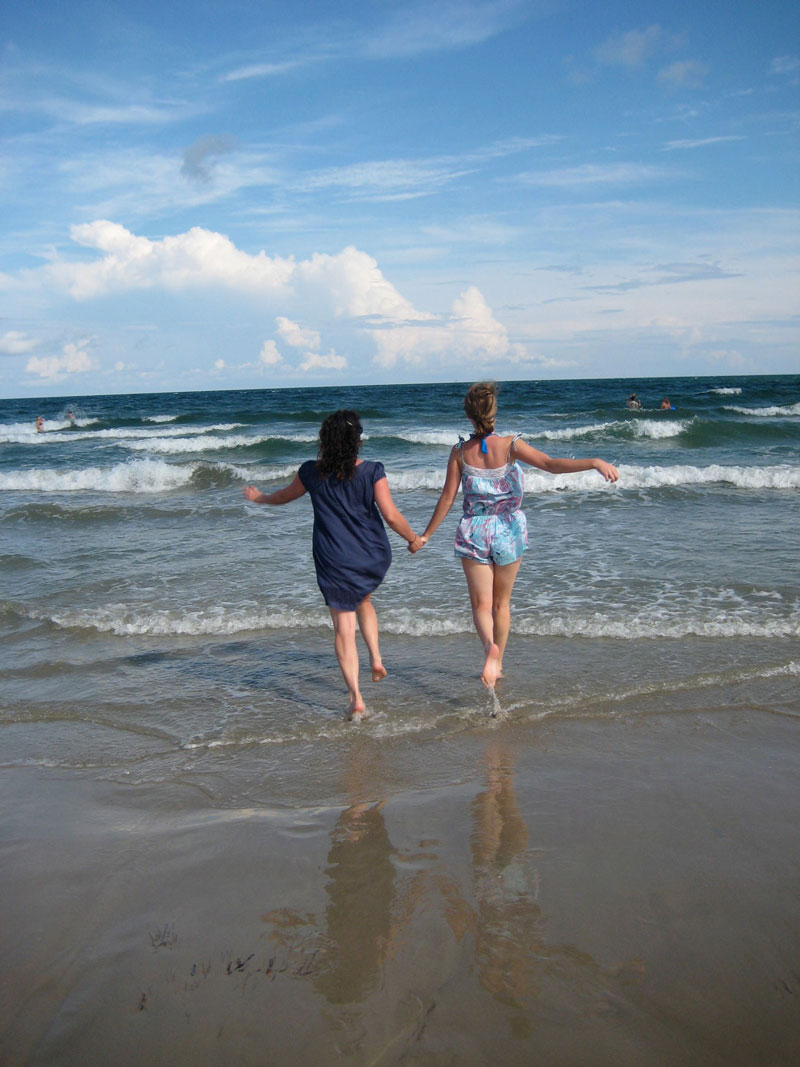 Girls Trip to Port Aransas, Texas | Earthtones Travel + Design Blog | Roo Bea Design Co