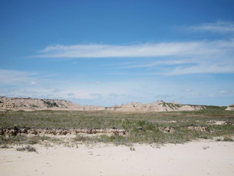 Family road trips to The Badlands National Park, South Dakota | Earthtones Travel = Design Blog | Roo Bea Design Co.