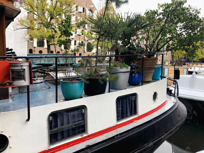 Boathouse Lodging in Amsterdam | Earthtones Travel + Design Blog | Roo Bea Design Co