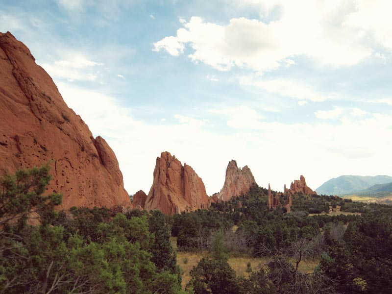 Garden of the Gods in Colorado Springs | Earthtones Travel + Design Blog | Roo Bea Design Co.