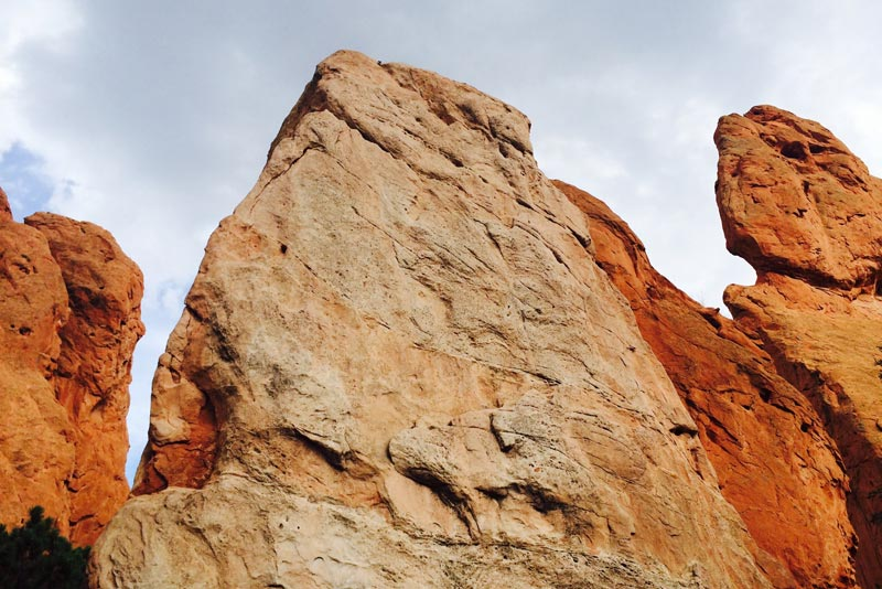 Rock Formations at the Garden of the Gods in Colorado Springs | Earthtones Travel + Design Blog | Roo Bea Design Co.