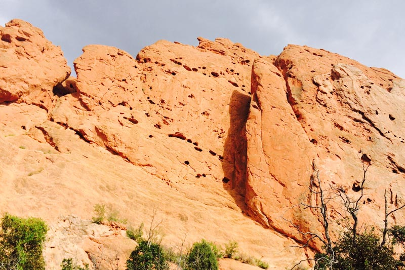 Road Trip to Garden of the Gods in Colorado Springs | Earthtones Travel + Design Blog | Roo Bea Design Co.