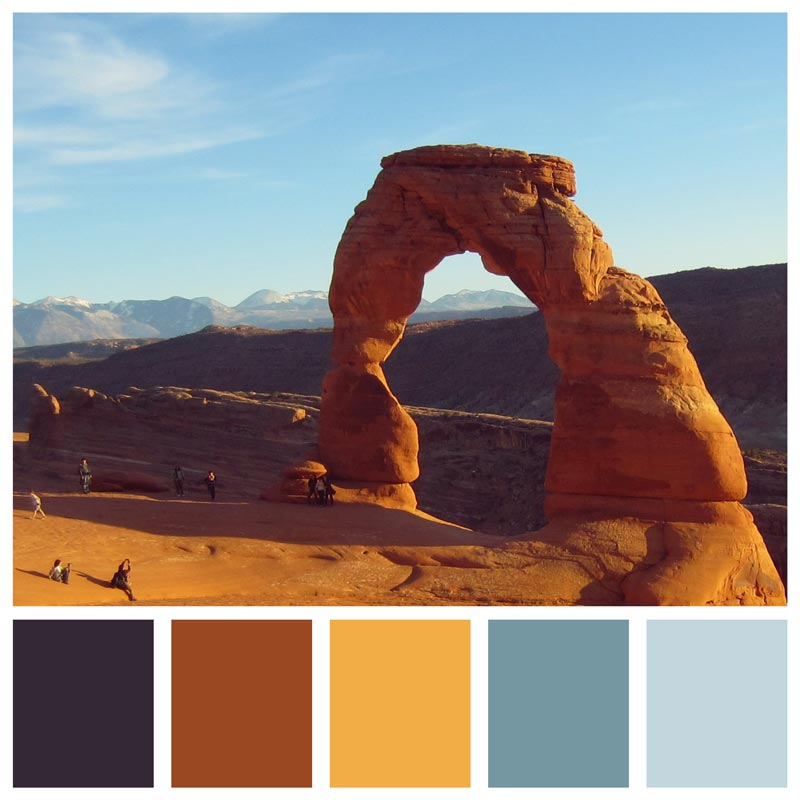 Color Palette: Bold, Natural, Desert, Rustic, Sunset, Rust, Gold, Neutral | How To Spend An Afternoon At Arches National Park | Earthtones Travel + Design Blog | Roo Bea Design Co.