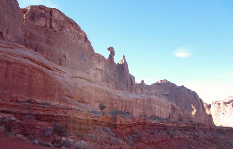 Best Ways to Experience Arches National Park | Earthtones Travel + Design Blog | Roo Bea Design Co.