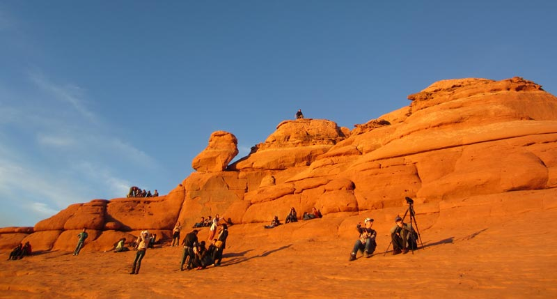 Delicate Arch at Arches National Park | Earthtones Travel + Design Blog | Roo Bea Design Co.