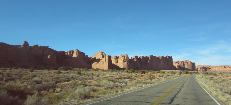 Road Trip to Arches National Park | Earthtones Travel + Design Blog | Roo Bea Design Co.
