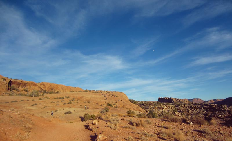 Avoid the Crowds at Arches National Park | Earthtones Travel + Design Blog | Roo Bea Design Co.
