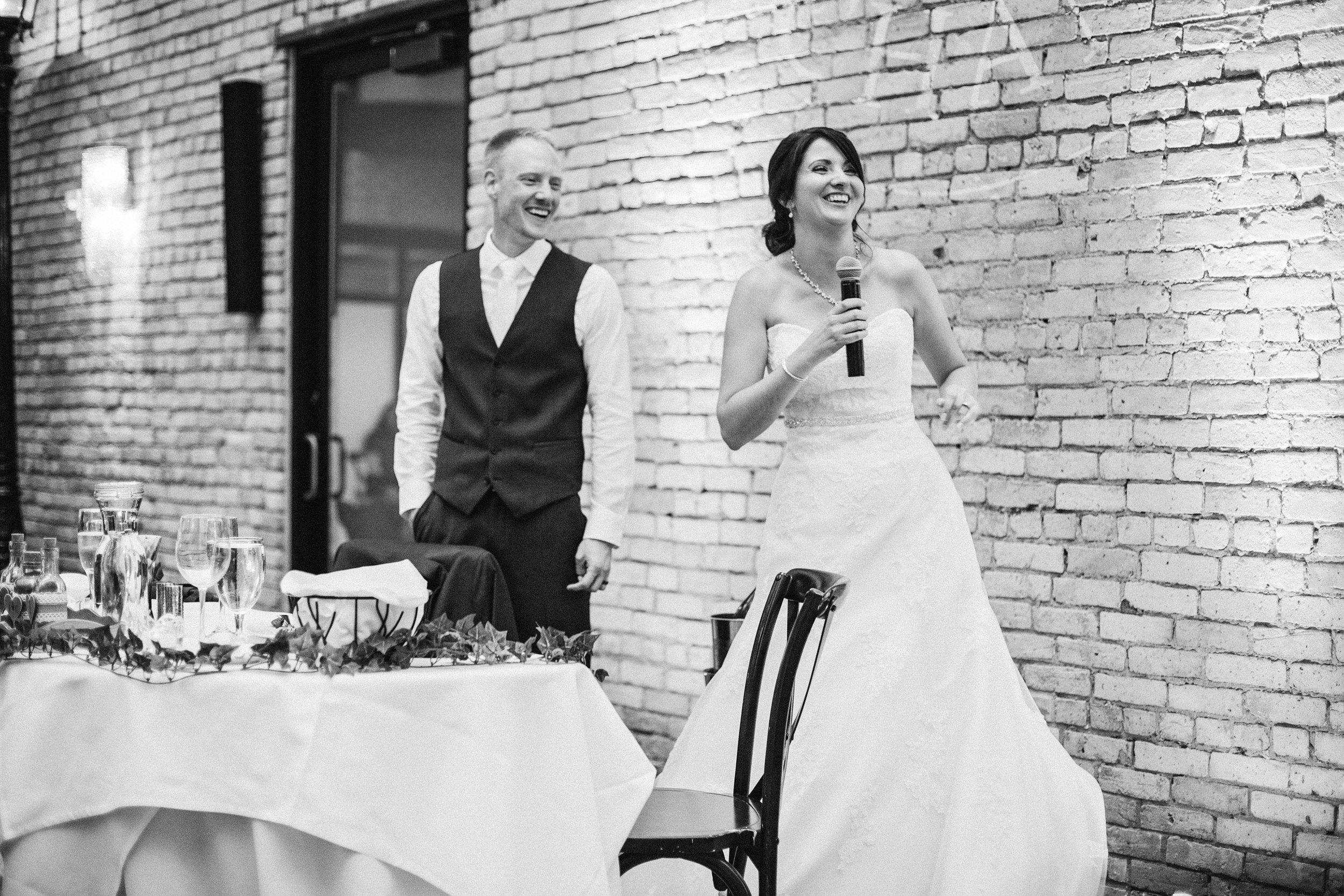 CourtneyIan_Wedding_Preview_0057.jpg