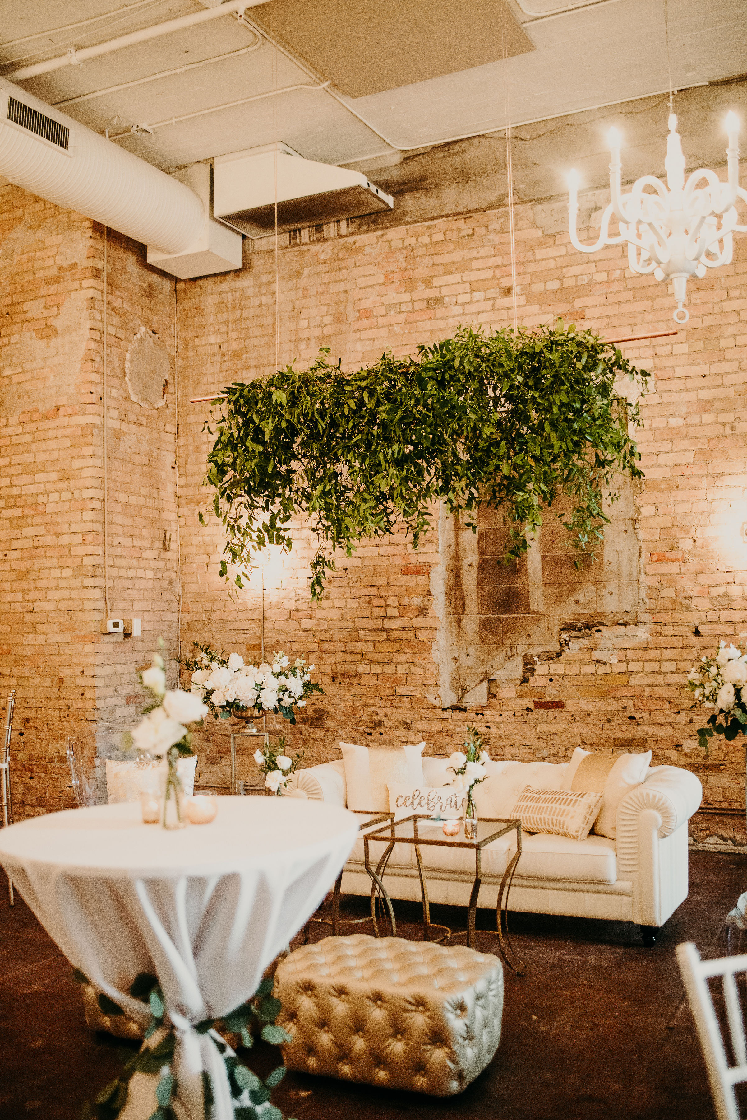 Linen Effects provided beautiful linens along with this amazing lounge moment for Lara + Dominic's  Loring Social  wedding, talk about more than just linens!  Photo / /  Ali Leigh Photo