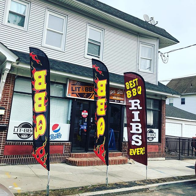 Our new 15ft flags are 🔥 Lit 🔥#getlitbbq