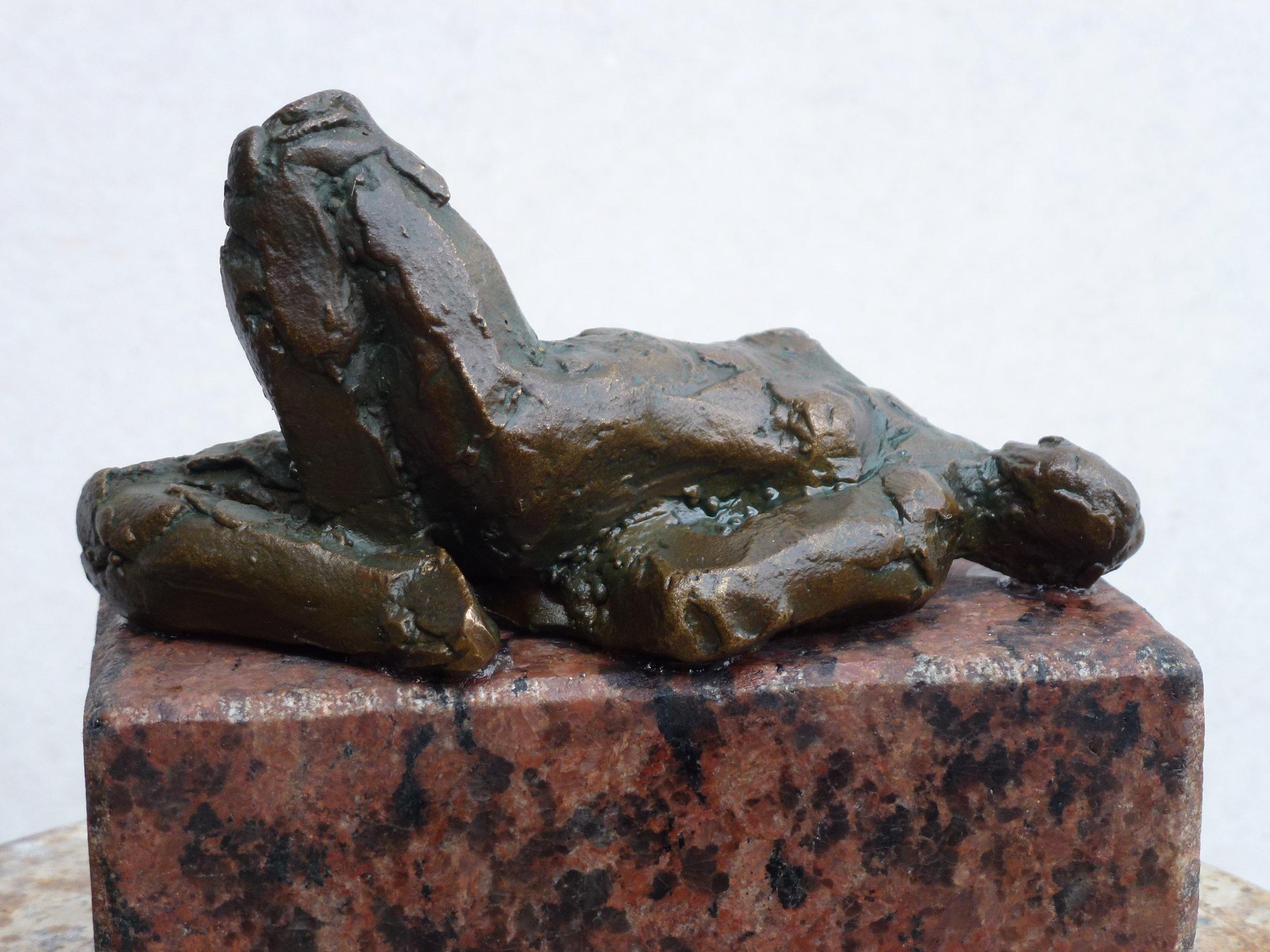 Bronze Liggende, kr. 2.000