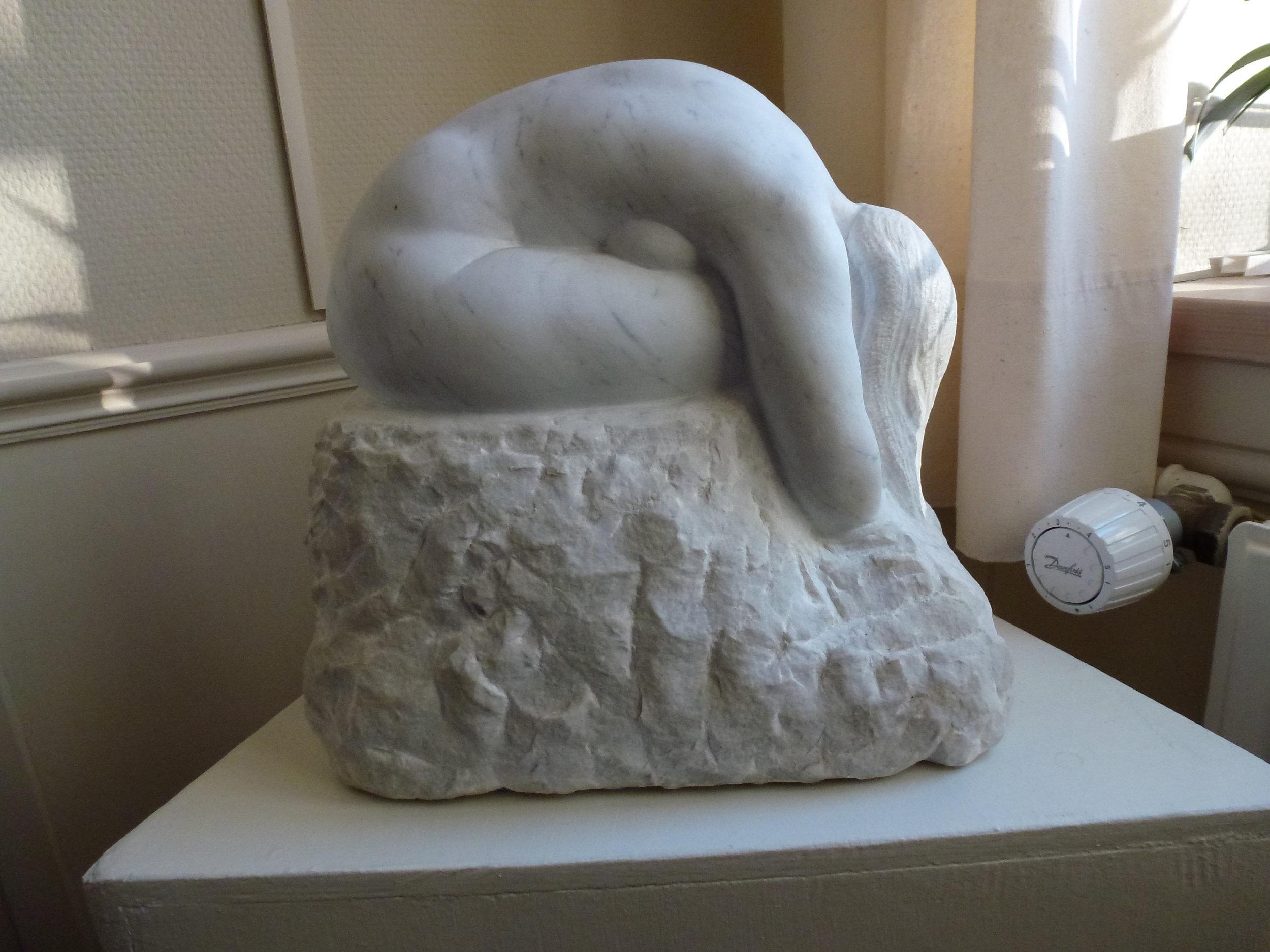 Marmorfigur kr. 24.000