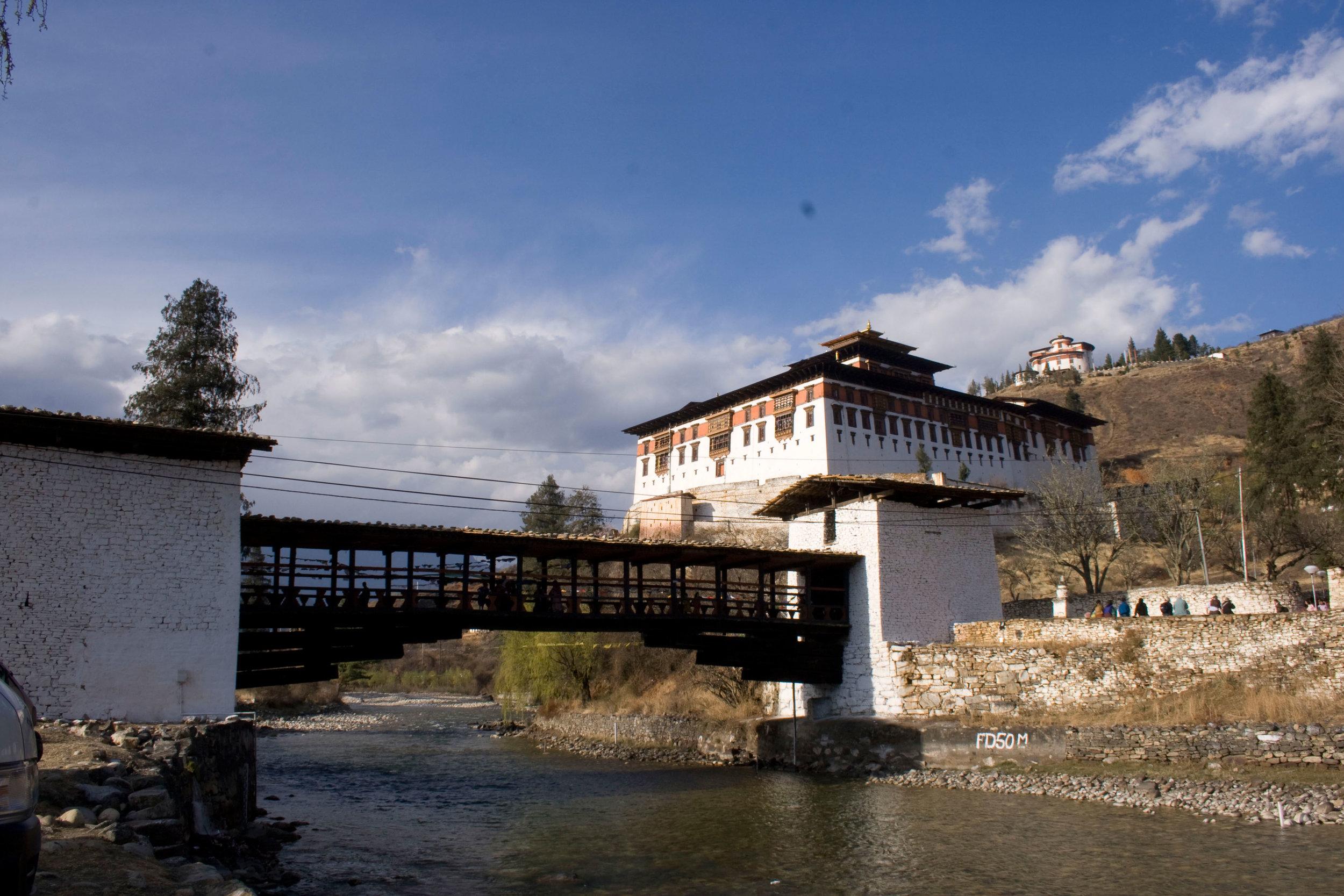 Paro Dzong.jpg