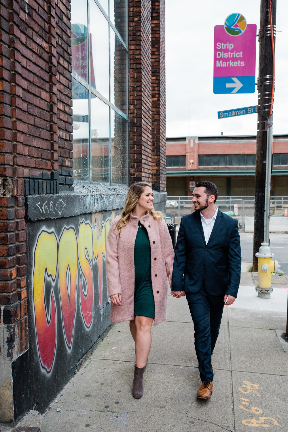 Pittsburgh+photography+engagement+session,+Strip+District-5848.jpg