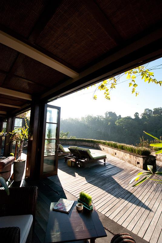deck Ubud Hanging Gardens bali