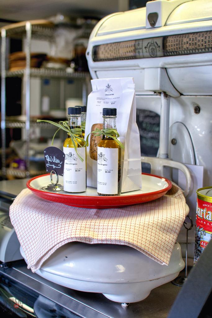 olive oil Salume Beddu st.louis