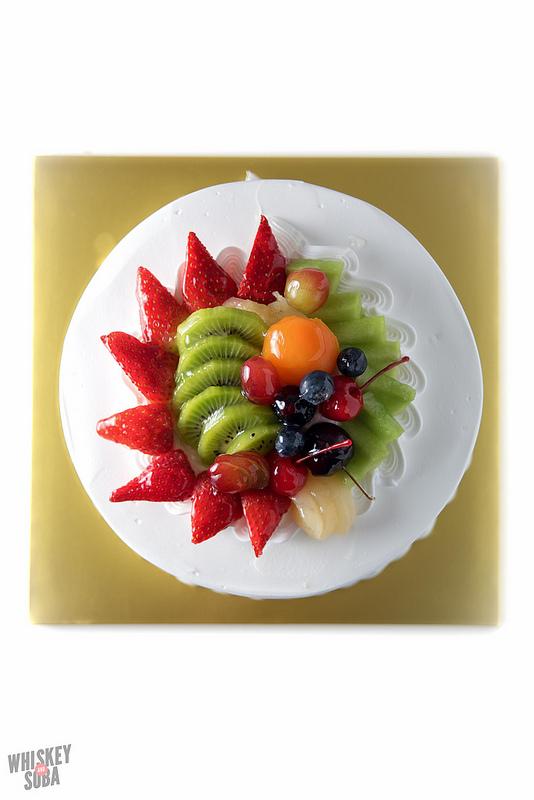 fruit vanilla cake kim's bakery st.louis