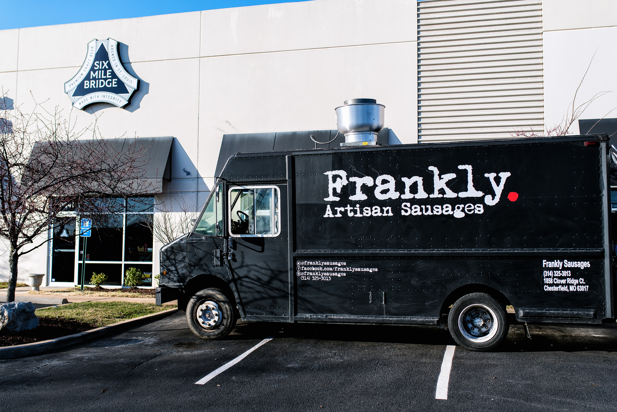 Frankly-Sausages-Truck.jpg