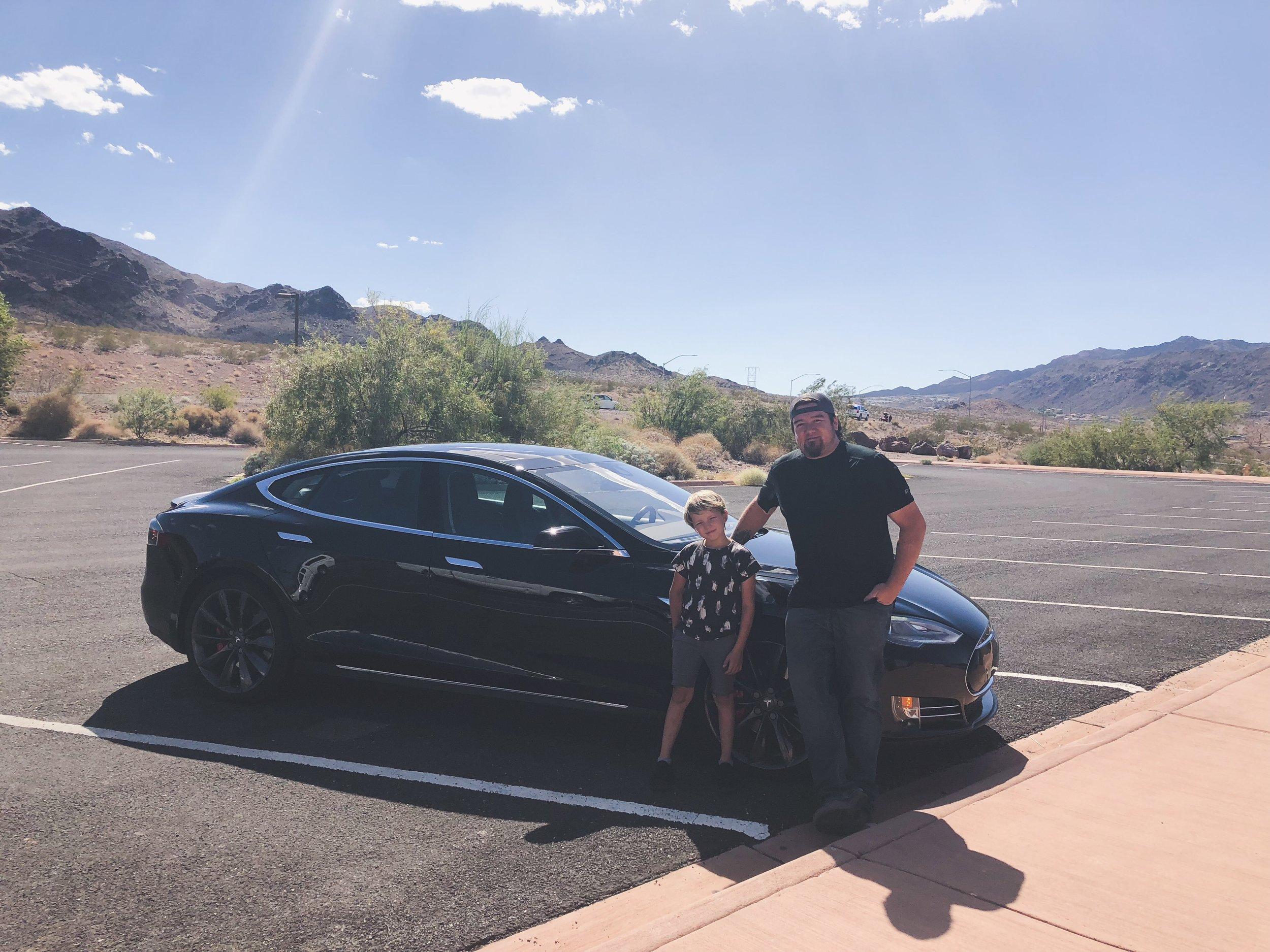 David Justin Woodbury, Addison Rae, Tesla P90D, Lake Mead