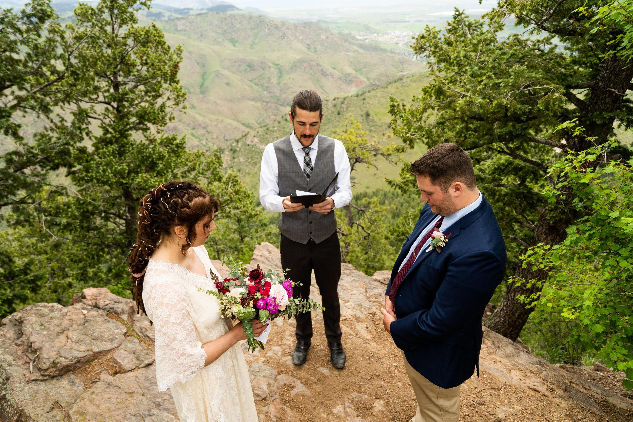 20190614 _ Colorado _ Lookout Mountain _ Linnea and Chris _-003.jpg